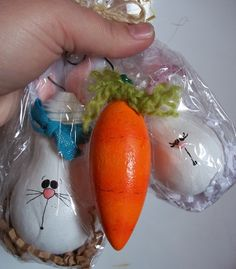 Easter Light Bulb Ornament Pack. A-19 incandescent bulbs and decorative torpedo shaped bulbs make perfect carrots and bunnies!