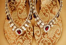 Fullonwedding - Bridal Accessories - 10 Bridal Shoes That Will Make You Drool - Stone Flats Indian Style Brocade