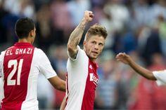 """""""Ik ben honderd procent op Ajax gefocust en sta open voor een langer verblijf. Het is niet aan mij om het initiatief te nemen om over contractverlenging te praten. Ik wacht af."""""""