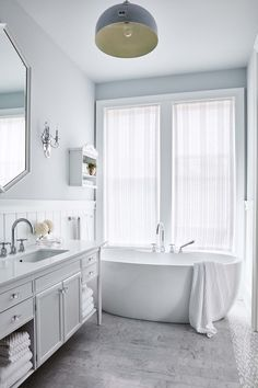 """All white bathroom designed by Sarah Richardson as seen on HGTV's """"Off the Grid."""" Photo by Stacey Brandford (via HGTV). All White Bathroom, Grey Bathrooms, Beautiful Bathrooms, Navy Bathroom, Classic Bathroom, Upstairs Bathrooms, Master Bathrooms, Decor Inspiration, Bathroom Inspiration"""
