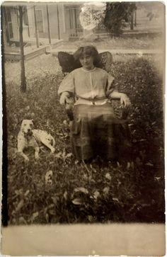 postcard - Lady and a dog - 1900s picclick.com