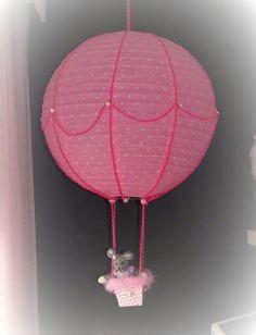 Paperivalaisimesta kuumailmapallo