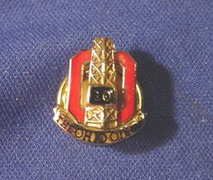 Retro Vintage OHIO OIL Co. 10k Gold & Enamel Service Award Badge / Pin