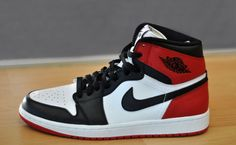 """First Look: Air Jordan 1 High """"Black Toe""""    """"The """"Black Toes"""" are back. ... Fans will be pleased to see that high top cut is intact, as is Nike Air branding on the tongue. Stay tuned..for an official release date."""""""