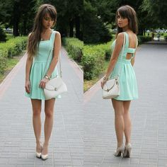 Mint dress with pink lipstick and nude heels