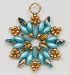 Deb Roberti's Snowflake Earrings Follow this link: http://www.aroundthebeadingtable.com/Tutorials/Snowflake.html