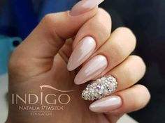 "Polubienia: 5,862, komentarze: 40 – Indigo Nails (@indigonails) na Instagramie: ""We shine from the very morning! ☄ Shades: Pompolina and Glammer Silver Photo by @nailart_natalia…"""