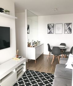 Small Apartment Design, Small Apartment Decorating, Apartment Interior, Simple Apartment Decor, Small Apartment Living, Home Room Design, Home Interior Design, Living Room Designs, Appartement Design