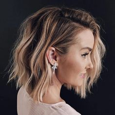 In this post you may find our best ideas of textured balayage long bob hairstyles to make your looks cute and sexy. See here we have collected some of the amazing styles long bob looks. Long Bob Haircuts, Long Bob Hairstyles, Pretty Hairstyles, Hairstyle Ideas, Textured Bob Hairstyles, Modern Bob Haircut, Hairstyles Pictures, Bride Hairstyles, Headband Hairstyles