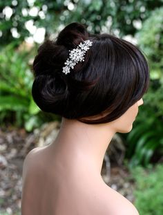 Love this small, but beautiful hair comb