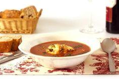 Sea o no Navidad, esta receta de sopa de pescado en Crock Pot es siempre un acierto reconfortante. Toda la esencia del pescado y marisco en tu plato.