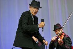 Leonard Cohen @ Olympisch Stadion No he's not twerking ;-)
