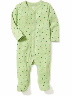 Shop the Oh Baby! collection for the latest styles in clothes for baby girls. Old Navy is your one-stop shop for stylish and comfortable baby clothes at affordable prices. Baby Boy Pajamas, Boys Sleepwear, Unisex Baby Clothes, Babies Clothes, Maternity Wear, New Baby Products, Old Navy, Cute Outfits, One Piece