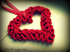 """Heart Wreath from """"Would you Like Yarn With That?"""" Blog."""