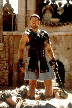 On second thought, Russel Crowe, leave the gladiator costume ON. Gladiator Maximus, Gladiator Games, Gladiator 2000, Gladiator Costumes, Gladiator Movie, Gladiator Halloween, Gladiator Characters, Russell Crowe Gladiator, Leather Kilt