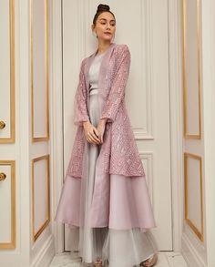 Gaun Dress, Dress Brokat, Kebaya Dress, Abaya Fashion, Muslim Fashion, Indian Fashion, Fashion Dresses, Mode Abaya, Mode Hijab