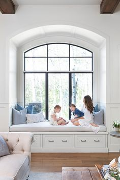 Arched window seat The arched window seat is one of our most common family hang . - Arched window seat The arched window seat is one of our most common family hang out spots, and has - Room Design, Bedroom Seating, Family Room Design, Bedroom Design, Living Room Windows, House Interior, Bay Window Seat, Bedroom Window Seat, Window Seat Design