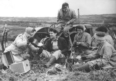 members of britain's women's land army breaking for tea, 1941