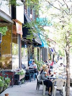 Grand Avenue runs for 30 blocks, with beautiful old homes and the campuses of Macalester College and University of St. Thomas adding to its ...