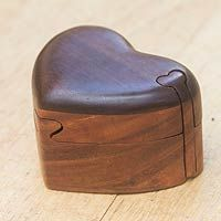 Wood puzzle box, 'Keep My Heart' (Indonesia)