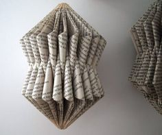 freshly found: The Latest on Those Folded Books Folded Book Art, Paper Book, Paper Art, Paper Crafts, Cut Paper, Old Book Crafts, Book Page Crafts, Tube Carton, Book Sculpture