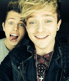 THE VAMPS WEEK CONNOR BALL