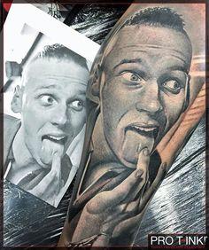 Awesome #realistic tattoo by #proteam Artist @feio_artwork! www.pro-t-ink.com #feioartwork #nunofeio #nunofeiopastelgreywashset #worldfamousink #protink #evo #evo10 #tattoostation #inkpalette #tattooink #tattooworkstation #bestaritsts#worldfamousproteam #inkbooster #inkedmag #tattoolife #tattoolifemag #bnginksociety #skinartmag #tattooartproject