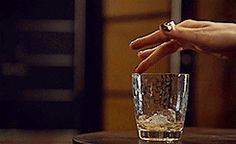 I can't get over his hands. So hot #MagnusBane
