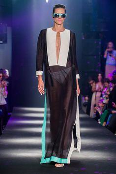 Women S Fashion Mail Order Catalogs Guy Laroche, Style Androgyne, Androgynous Fashion, Madame, Resort Wear, Fashion Week, Black Tie, Lady, Female Fashion