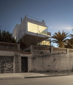 Superb This House Outside Barcelona By Spanish Studio MDBA Features A Glazed  Living Room That Thrusts Out Nice Ideas