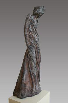 bronzen beelden Kieta Nuij | Beeldhouwer Kieta Nuij Sculptures Céramiques, Art Sculpture, Contemporary Sculpture, Contemporary Art, Ceramic Figures, Clay Figures, Clay Design, Pottery Designs, Art Object