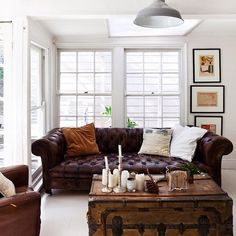 www.palancanoire.com  living room  rustic