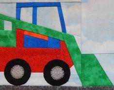 Tractor paper pieced PDF vehicle pattern; farm equipment foundation pieced block pattern; baby boy's or girl's or kid's quilt pattern von MsPDesignsUSA