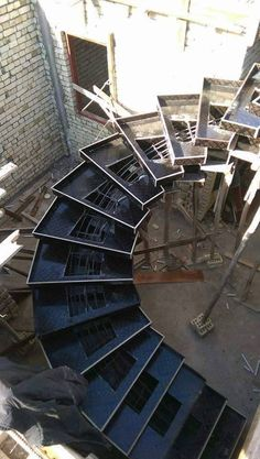 The Development of the Spiral Contemporary Stair Constraction - Architecture Admirers Contemporary Stairs, Modern Stairs, Spiral Staircase, Staircase Design, Stairs Architecture, Architecture Details, Building Stairs, Steel Stairs, Stair Detail
