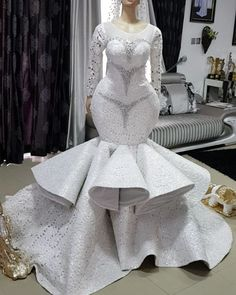 Take a look at the latest bridal train styles in Africa- NIGERIAN 2020 WEDDING STYLES to get inspired and find out how to look gorgeous and chick. Beautiful Bridal Dresses, Black Wedding Dresses, Elegant Wedding Dress, African Print Wedding Dress, African Wedding Attire, African Prom Dresses, Latest African Fashion Dresses, Custom Wedding Dress, Traditional Wedding Dresses