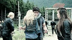 How at first Bellamy hesitates before hugging her back omg<< it might be because he's trying to figure out who she is, he's like: okay blonde hair, leather jacket, oh it's clarke