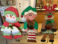 Christmas Craft Show, Christmas Yard Art, Christmas Elf, Winter Christmas, Christmas Bulbs, Christmas Decorations, Craft Show Ideas, Woodworking Patterns, Tole Painting
