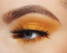 pink and yellow eyeshadow looks Makeup Goals, Makeup Inspo, Makeup Inspiration, Makeup Kit, Makeup Brush, Makeup Ideas, Pink Eyeshadow Look, Yellow Eye Makeup, Yellow Eyeshadow Palette