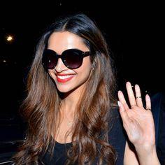 Deepika Padukone at the Mumbai airport. #Bollywood #Fashion #Style #Beauty #Hot #Sexy