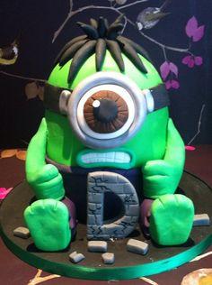 hulk minion cake - Google Search Hulk Torte, Hulk Cakes, Fondant Cake Designs, Fondant Cakes, Cupcake Cakes, Cupcakes, Hulk Birthday Parties, 3rd Birthday Cakes, Minions