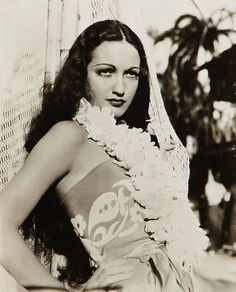 Dorothy Lamour na capa da revista Cinelandia de Março de 1938. Description from pinterest.com. I searched for this on bing.com/images