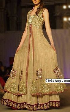 Buy Pakistani Designer Party Dresses Online – We provide the high quality Designer Party Wear Suits Online in USA, UK and Canada. Designer Party Wear Dresses, Party Dresses Online, Indian Designer Outfits, Pakistani Bridal Dresses, Pakistani Dress Design, Indian Dresses, Indian Clothes, Bridal Lehenga, Full Length Gowns