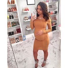 Maternity wear doesn't need certainly to mean unflattering silhouettes! Listed below are our top picks of maternity wear brands that'll […] Cute Maternity Outfits, Stylish Maternity, Pregnancy Outfits, Maternity Wear, Maternity Fashion, Maternity Dresses, Cute Christmas Outfits, Baby Bump Style, Pregnancy Looks