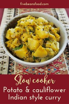 Potato and cauliflower Indian style slow cooker curry - My list of the most healthy food recipes Potato Cauliflower Curry, Slow Cooker Potatoes, Potato Curry, Crock Pot Curry, Slow Cooker Curry, Curry Crockpot, Slower Cooker, Vegetarian Curry, Vegan
