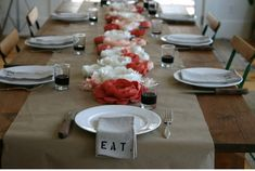 Eco Chic Flowerless centerpiece - Dinner Party Inspirations