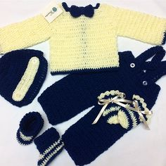 Crochet Gloves For Men Boys 18 Ideas Booties Crochet, Crochet Gloves, Crochet Slippers, Crochet Yarn, Irish Crochet, Crochet Braids For Kids, Crochet For Boys, Baby Boy Crochet Blanket, Crochet For Beginners Blanket