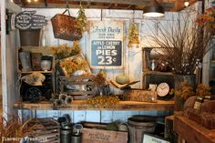 Fall display at our store. Retail decorating inspiration and ideas. Vintage Display, Antique Booth Displays, Antique Booth Ideas, Vintage Decor, Gift Shop Displays, Retail Displays, Window Displays, Autumn Display, Fall Displays