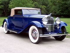 Eight Convertible Coupe – (Packard Motor Car Company Detroit, Michi… – Classic Cars Retro Cars, Vintage Cars, Antique Cars, American Classic Cars, Old Classic Cars, Classy Cars, Amazing Cars, Car Car, Exotic Cars