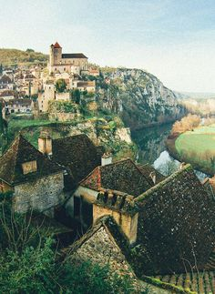 Travel Inspiration for France - The 25 Most Beautiful Villages To Spend A Weekend In France!
