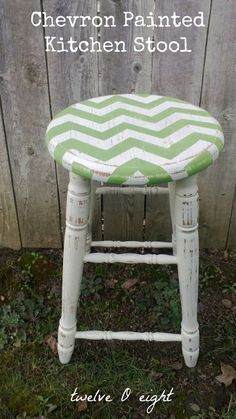 Chevron Painted Kitchen Stool @Troinell Marrin this would be soo cool for the store!! :)